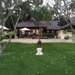 Foto de Alam Anda Ocean Front Resort & Spa