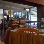 Sala da pranzo con buffet