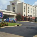 Exterior of Hampton Inn & Suites Alexandria