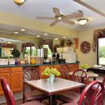 Photo de Americas Best Value Inn and Suites - Moss Point