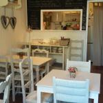 Cosy and inviting tea room in the heart of the Eymet bastide town