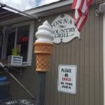 Donna's Country Grill