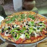 Ochento's Pizza