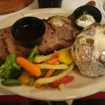 Foto de The Bear Trapper Steak House