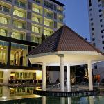 Centara Pattaya Hotel Foto