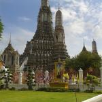 Wat Arun from river side
