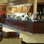 Comfort Suites breakfast area
