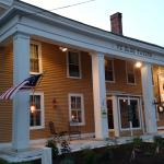 Welcome to our circa 1790 Colonial Inn.