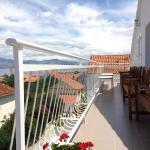the upper communal terrace