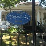 صورة فوتوغرافية لـ Bluefield Inn