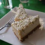 raw key lime cheesecake - made with cashews
