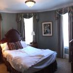 Woolworth suite bedroom
