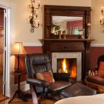 Warm nights in the Grand Library Suite