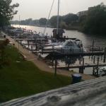 The Boathouse Grill صورة