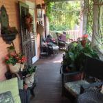 Foto de Porches on the Towpath