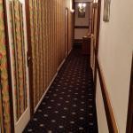 "Hotelgang im Styl ""Twin Peaks"""