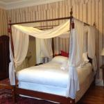 Great comfortable bed in a very quiet well decorated room
