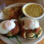 California Eggs Bendict