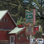 Rustic Zig Zag Inn & Restaurant serves good chow.
