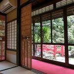 頼山陽の部屋 すばらしい日本庭園を見ながら・・