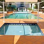 Outdoor Pool and Wading Pool