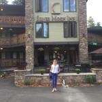 Silver Moon Inn Photo