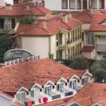 Вид на соседние отели