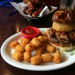 BBQ burger with tots
