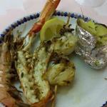 Grillade de poissons et crustacés [plat principal]