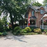 Photo de Ashgrove Cottage Bed and Breakfast