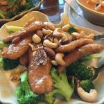 Chicken & Nuts