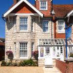 Little Gem Guest House, 4,Cecil Road, Swanage. Dorset. BH19 1JJ