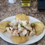 Tostones de Mapen, y ensalada de carrucho