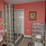 Very nice bathroom - Caserta Room