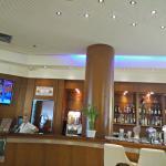 הבר בלובי מלון הוד המדבר