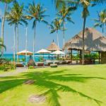 Taman Ahimsa - poolside beachfront