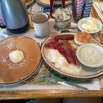 Foto de Hot Stacks Restaurant