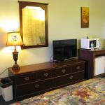 Hearthstone Inn - king room
