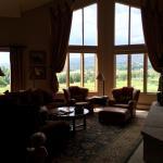 The Seasons Lodge at Arrowhead Photo