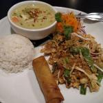 Lunch Special - Pad Thai, Green Curry Chicken