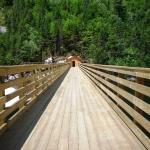The nice bridge over the dam