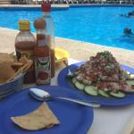 Un increíble ceviche de Dorado preprado por el restaurante de la alberca