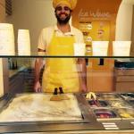 ¡Uno de nuestros gran Chefs!! / One of our Chefs!!