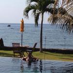 Foto de Kelapa Lovina Beach Villas Bar & Resto