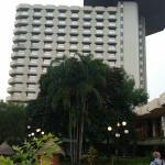 основное здание с панорамным рестораном
