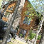 ภาพถ่ายของ Bear Creek Bed and Breakfast Lodge