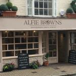 Alfie Browns