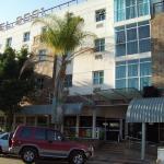 Hotel 2001