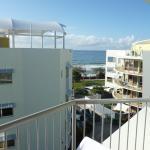 Photo de Rolling Surf Resort