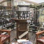 Wine Bar (139550373)